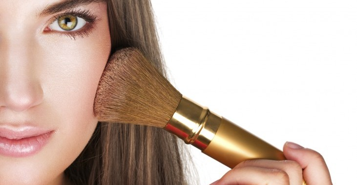 Il contouring per il viso ovale step by step - Your Make ...