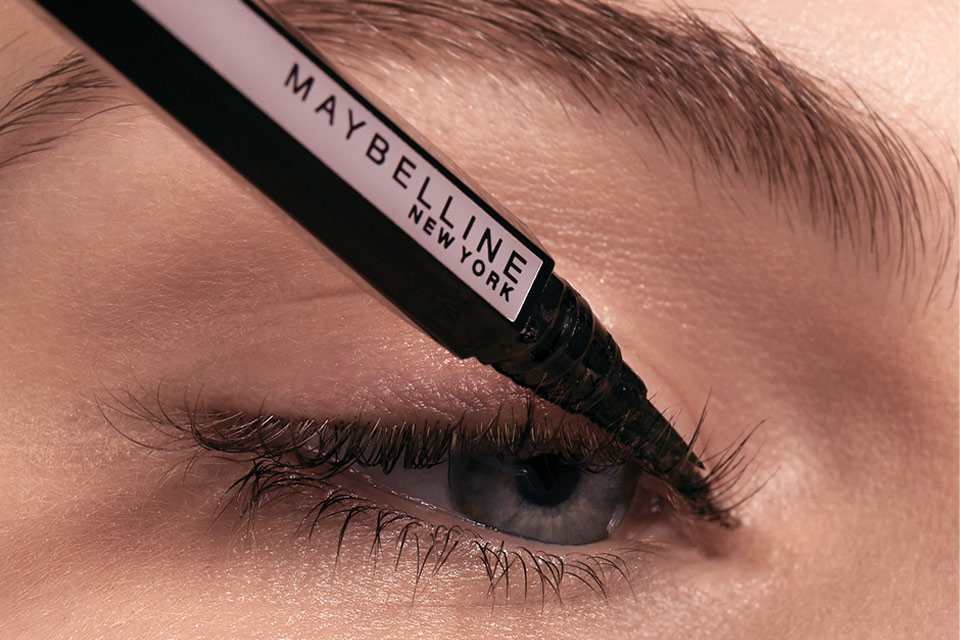 Come mettere eyeliner a penna